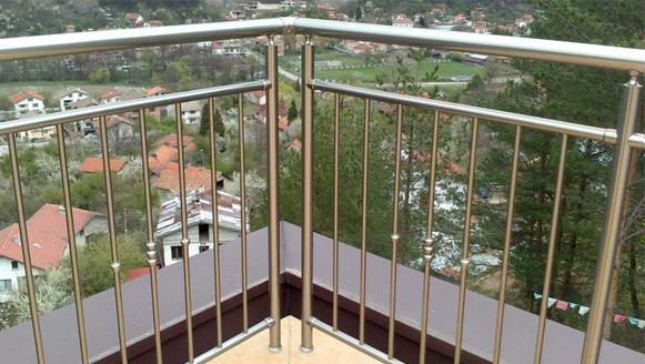aluminium railing unique design