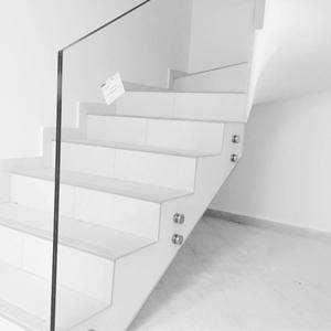 спайдъри с прозрачно ламинирано стъкло